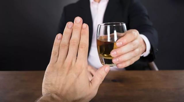 Rượu bia là nguyên nhân dẫn đến các bệnh về gan
