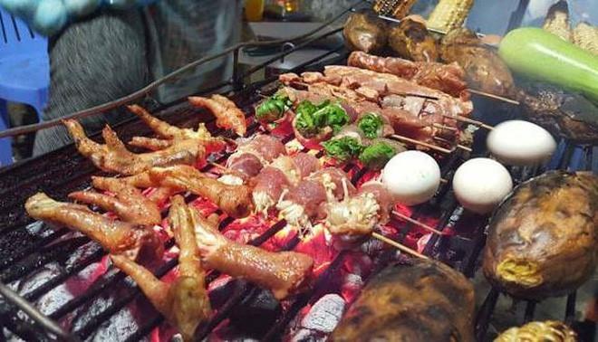 Các đồ ăn chiên, nướng... sẽ làm tăng yếu tố sinh ung thư