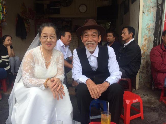 Nghệ sĩ Ngọc Căn và vợ là nghệ sĩ múa Thanh Sơn