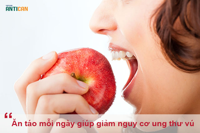 ung thư vú ăn táo được không