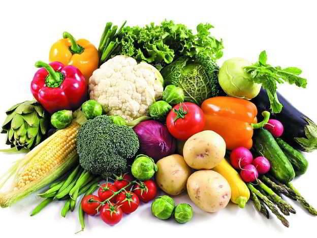 Phụ nữ nên ăn nhiều hoa quả và rau xanh để phòng ngừa Ung thư vú