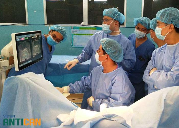 Các phương pháp điều trị ung thư tuyến tiền liệt di căn: Hóa trị- Xạ trị - Phẫu thuật